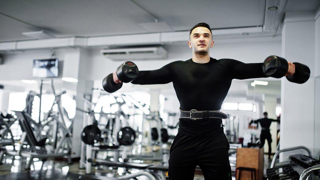 shoulder workout program at the gym